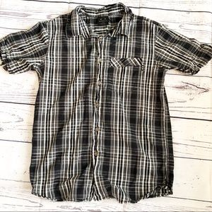 OAKLEY l Small men's black plaid button up shirt